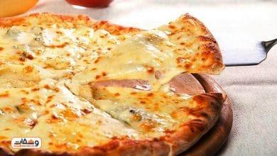 صورة طريقة عمل بيتزا جبن بـ 5 انواع جبن مختلفة